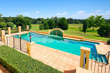 Concrete swimming pool builders Port Macquarie by Country ...